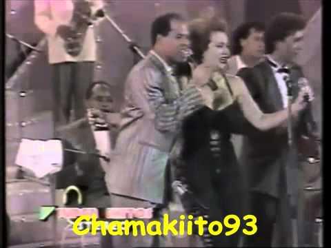 RUBBY PEREZ JUNTO A IRIS CHACON - Saca La Mano Antonio (80's)