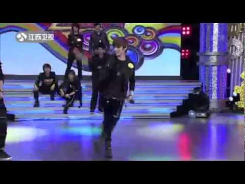 SHINee - Funny Live Dance & Vocal Performances (SHINee Vid #3 of 12)