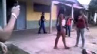 Briga entre meninas em Água Branca