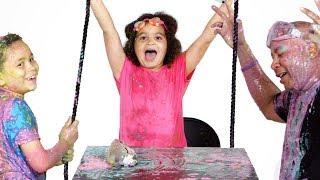 Siblings vs. Dad Slime Show! | Partners in Slime | HiHo Kids