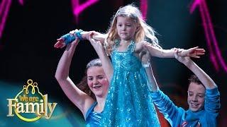 De 3-jarige Fee danst op 'Let It Go'   We Are Family 2015   SBS6
