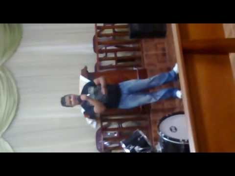 Baixar Cantor Leonardo Lima Cheiro de Vitória- Cassiane-2013