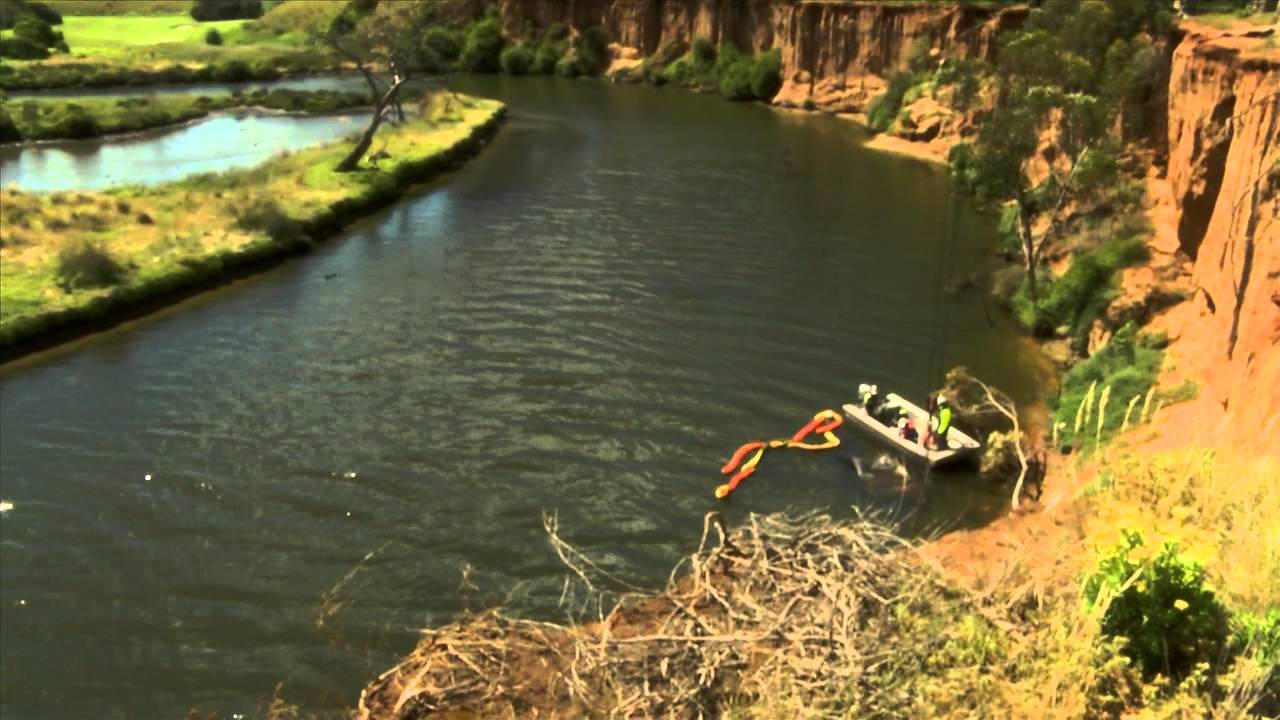 Local Used Cars >> Abandoned car pulled from Werribee River - YouTube