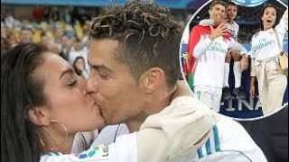 OMG Cristiano Ronaldo kiss his girlfriend Georgina Rodriguez epic !!! Video must watch ❤