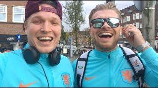 Gratis naar de spa verkleed als Nederlands elftal speler   Gierige Gasten