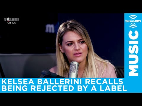 Kelsea Ballerini was rejected by a label because of Taylor Swift