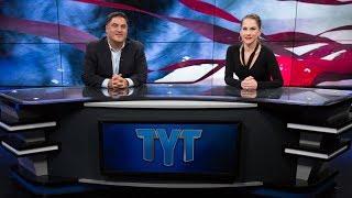 Top Clinton Strategist vs TYT, Beto's Funding, Florida GOP vs. Voting Rights