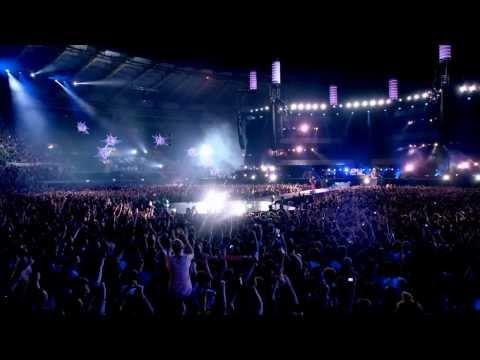 Baixar Muse - Hysteria [Live Rome 2013 HQ]