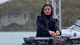 KOROLOVA - 1001Tracklists Exclusive Mix [Progressive House/Melodic Techno Live DJ Set]