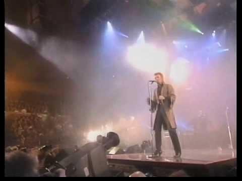 David Bowie- Little Wonder/Scary Monsters/Fashion [Live HD]