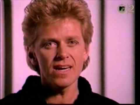 Baixar Peter Cetera 'Glory Of Love' END CREDITS Karate Kid 2