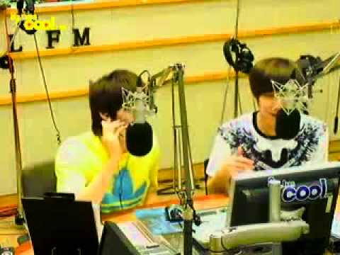 110705 Eunhyuk Leeteuk English convo on phone with Super Junior-M Henry