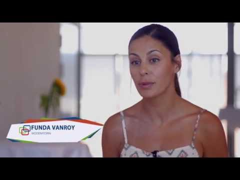 Interview: Funda Vanroy über ihre Social Media Nutzung