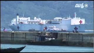 VTC14_Tàu bệnh viện hải quân Mỹ đến khám bệnh tại Đà Nẵng