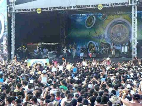 Calle 13 en Costa Rica-Palmares 09.