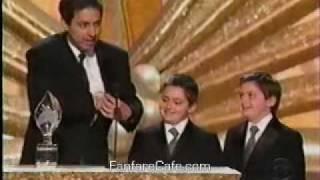 Peter Boyle Presents Ray Romano with Award - 2003