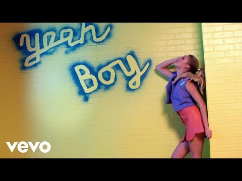 Kelsea Ballerini - Yeah Boy (Official Music Video)