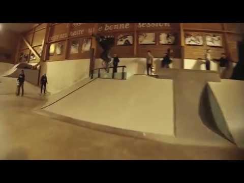 Video TRIGGER Skateboard Complet BEAR 8.0