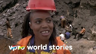 Copper mines in Zambia - Straight through Africa | VPRO Documentary