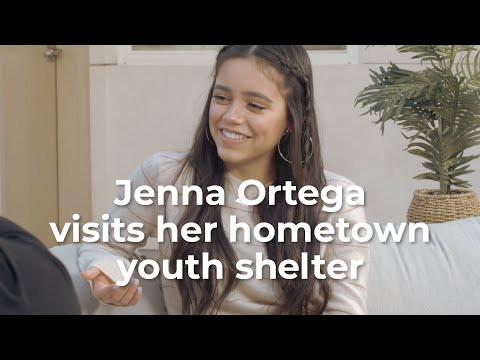 """Jenna Ortega visits her local homeless shelter to support DoSomething.org and Aéropostale's 2020 """"Teens for Jeans"""" Campaign"""