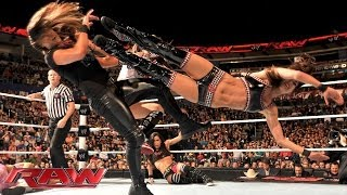 Natalya & The Bella Twins vs. Summer Rae, AJ Lee & Tamina Snuka: Raw, Dec. 2, 2013