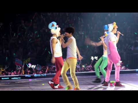 [Fancam]121027 SHINee World Concert 2 in HK - Ending
