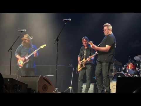 Keith Urban, Chris Stapleton and Vince Gill Shredding Guitars