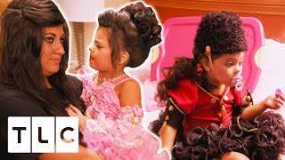 Four Year Old Contestant Throws A HUGE Temper Tantrum Before Going On Stage   Toddles & Tiaras