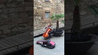 Talented: Amazing Street Artist Playing Cello- Classical Music in Barcelona! 西班牙超棒的大提琴演奏