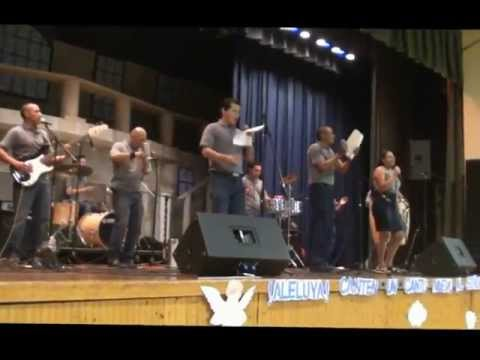 ministerio de musica caminando con cristo iglesia san hugo
