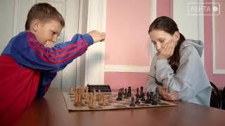 Логика, мышление, усидчивость. В Артёме прошли сразу три шахматных турнира
