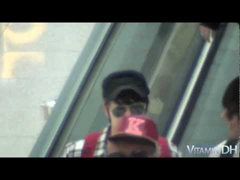 120426 incheon airport donghae Vitamin DH.avi