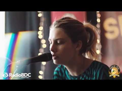 Wolf Alice - Fluffy (The RadioBDC Sessions)