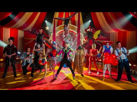 "JoJo Siwa ""NONSTOP"" (Official Music Video)"