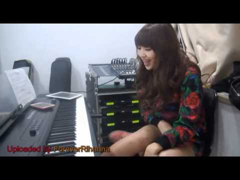 Sistar's Hyorin singing