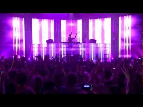 Calvin Harris feat. Rihanna - We Found Love (Live at iTunes Festival 2012)