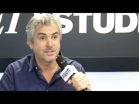 Alfonso Cuaron Gravity Interview - TIFF 2013 - YouTube