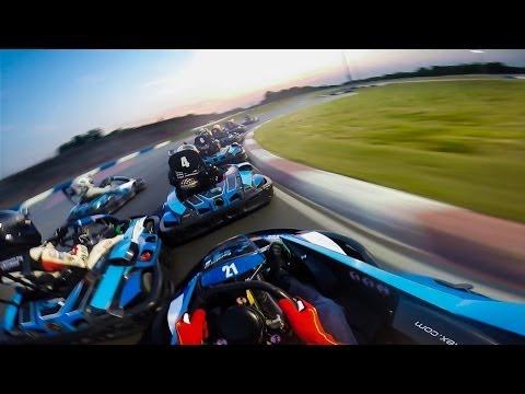 Vivez une course de Kart de l'intérieur avec Joey Logano