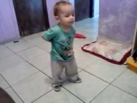 Baixar Bebê dançando show das poderosas. Vai Hiago