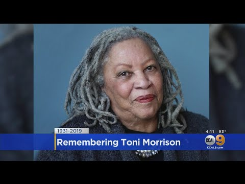 'Beloved' Author Toni Morrison Dies at 88
