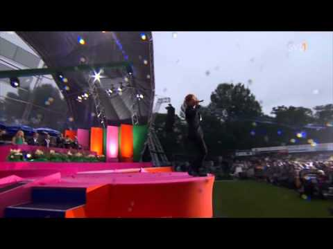 Andreas Johnson - Glorious (live from Victoriadagen 2011)