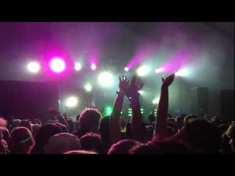 Dillon Francis Falling Up/Right on Time/Fire Hive/Earthquakey People/Beautician SnowGlobe   2011