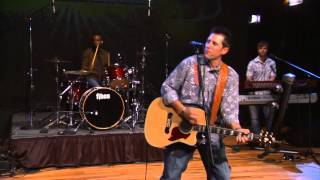 """Casey Donahew Band performs """"One Star Flag"""" on The Texas Music Scene"""
