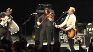 Flogging Molly - Drunken Lullabies (Live at the Greek Theatre)