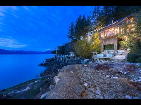 11 Strachan Point Rd, West Vancouver I Sam McCall - 360hometours.ca