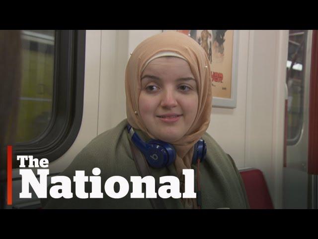 加拿大怎麼了?地鐵噁男強壓女穆斯林湊近褲檔 僅1人相救