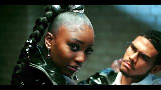 Br3nya Ft Ivorian Doll - Bezerk (Official Music Video)