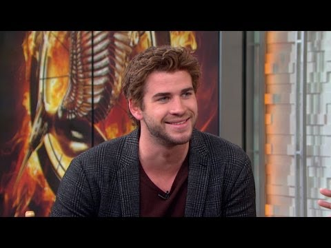Liam Hemsworth Hunger Games Interview 2013: Hemsworth Heats ...