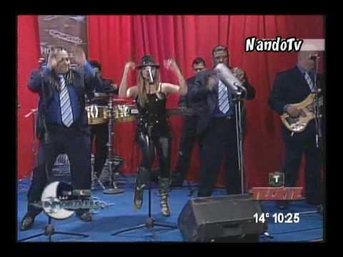 La Sonora 100% Dinamita de Anaidita - Popurri Mix.divx