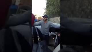 شهامت الفنان احمد السقا في الشارع     -